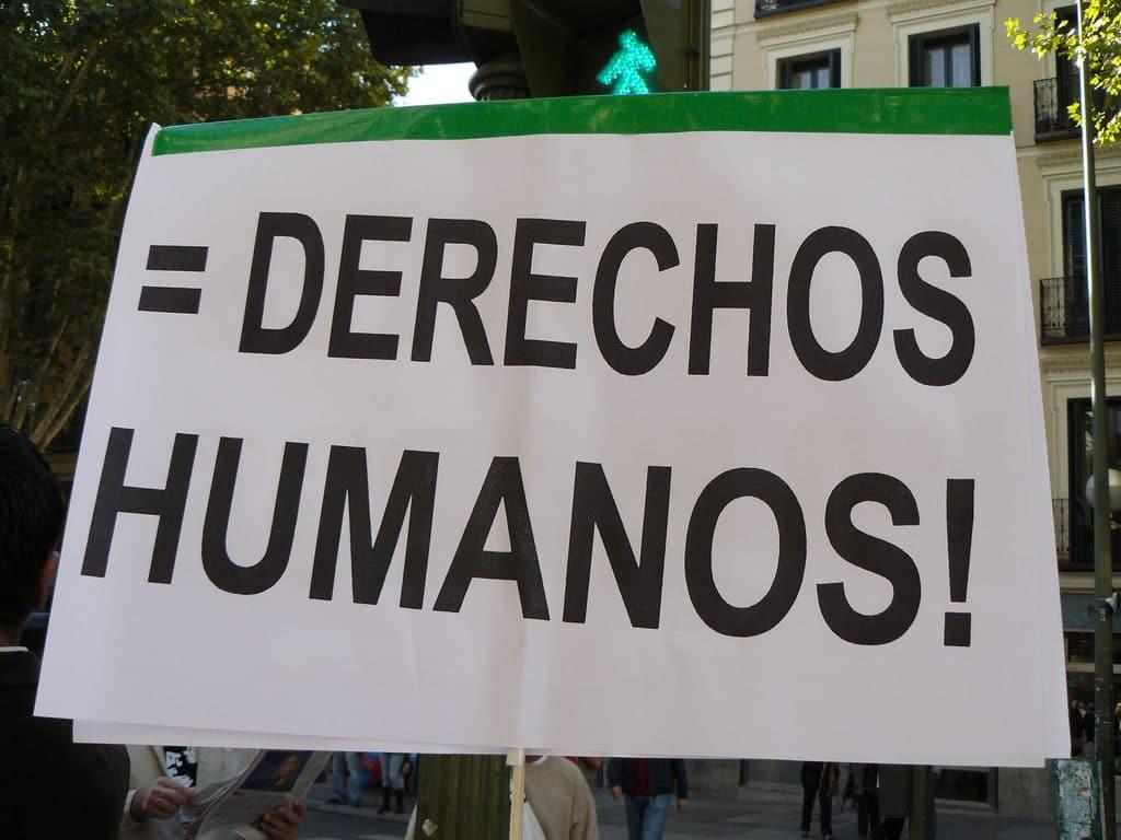 Derechos-Humanos-20