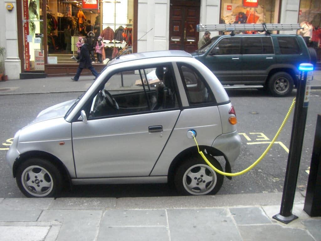 Historia del Automóvil y su Evolución-Automóvil Electrico