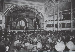 Historia del teatro en el Perú-origem
