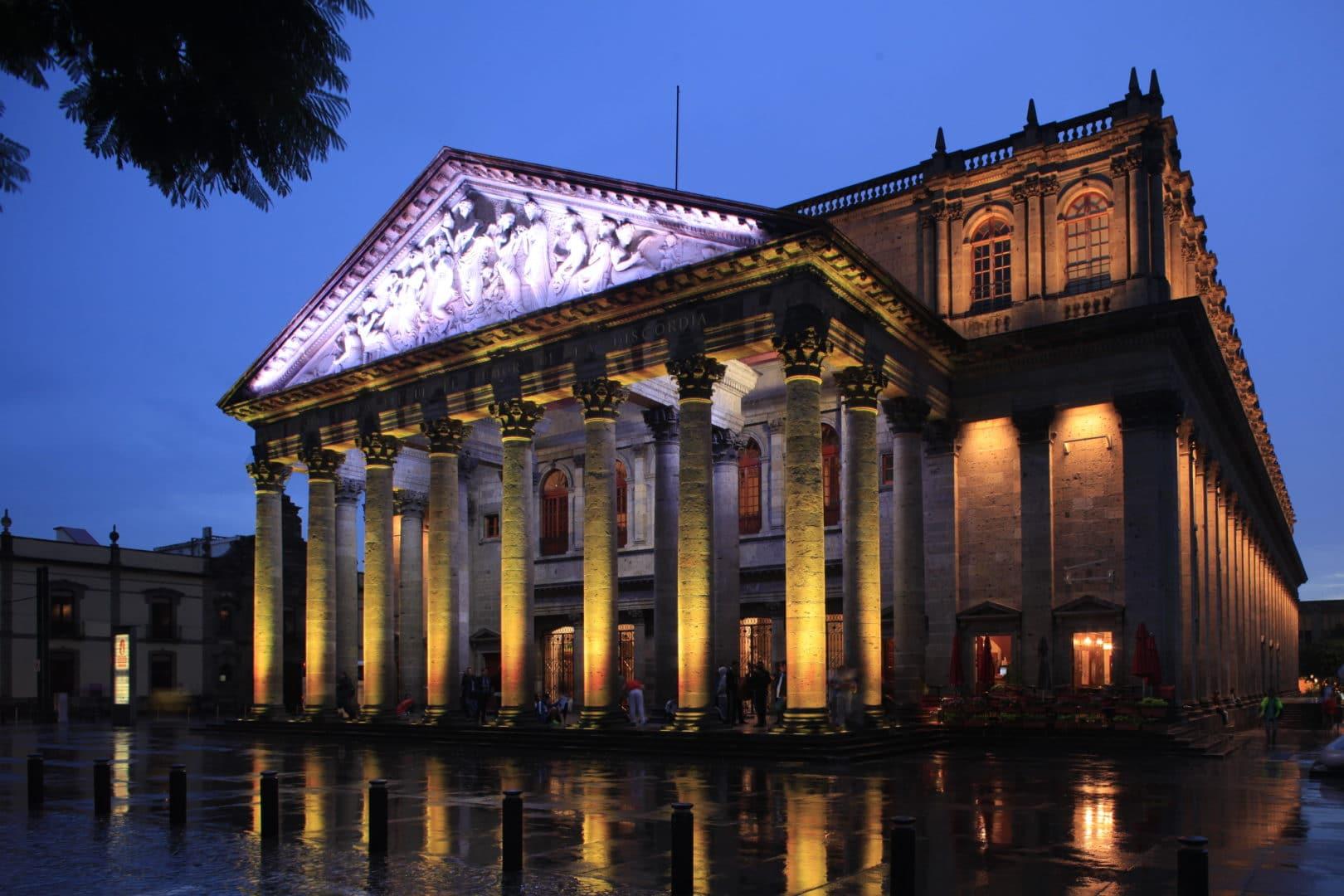 Historia del teatro degollado-fachada