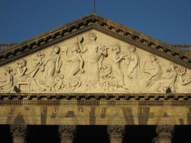 Historia del teatro degollado-Estructura neoclásica