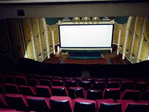 Historia del teatro de sombras-pantalla