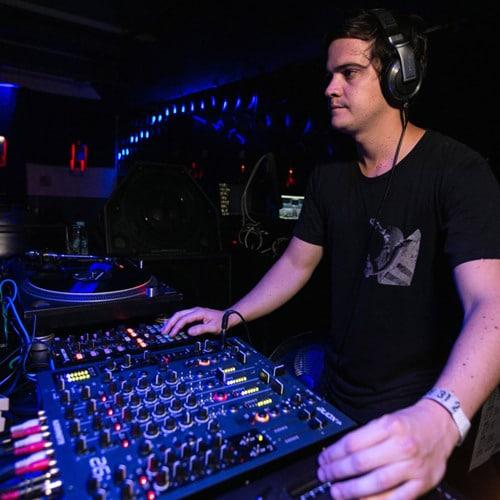 historica de la musica electronica