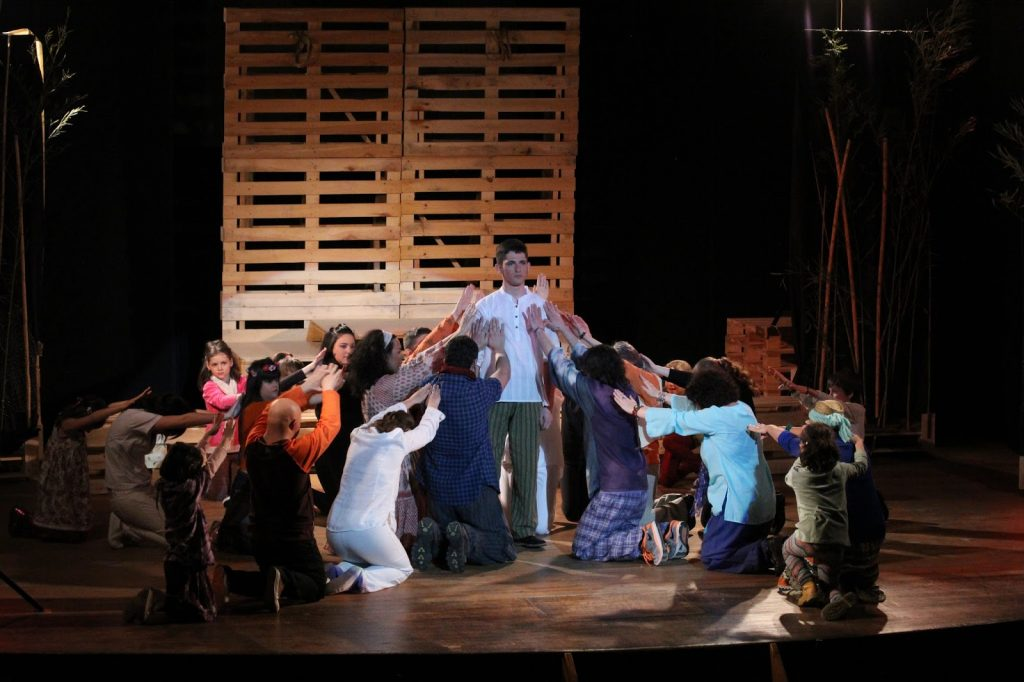 historia del teatro infantil, hagiografía