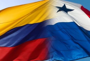 Historia de Panamá-Panamá y Colombia Banderas