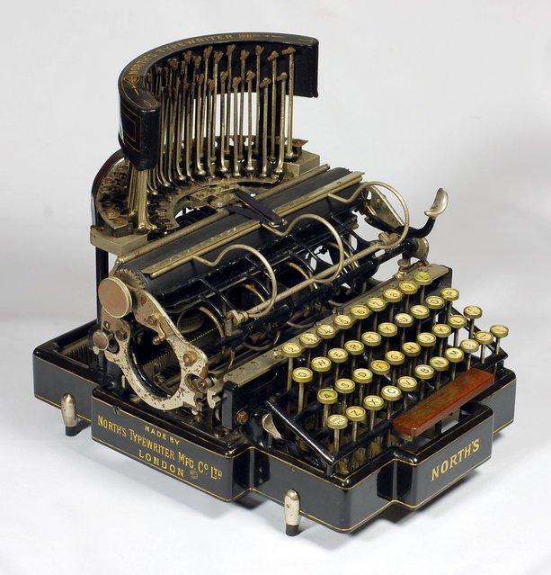 historia de ola maquina de escribir principios