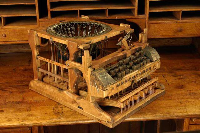 historia de la maquina de escribir