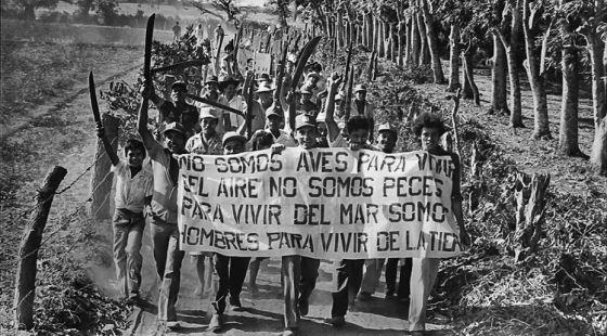 Historia de la democracia en América Latina