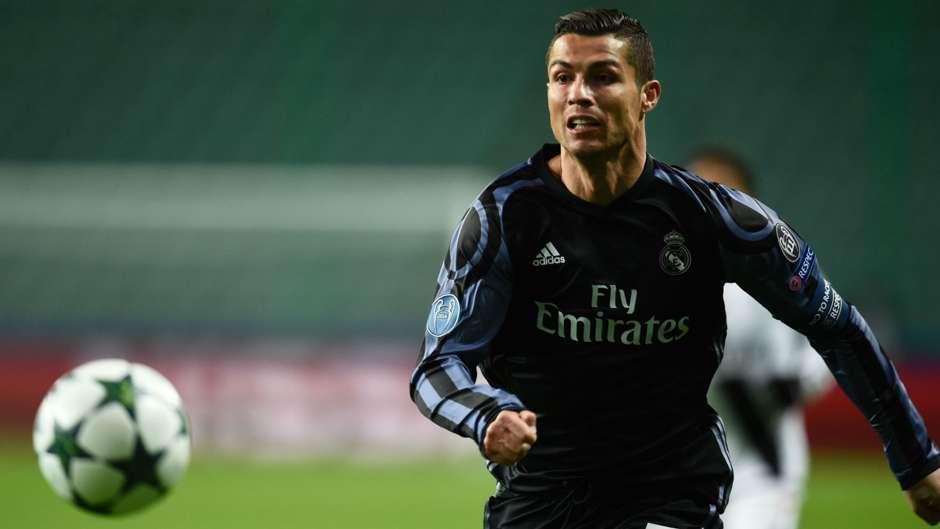 Cristiano-Ronaldo-02