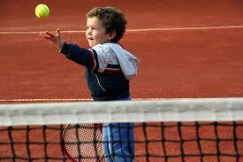 niño lanzador